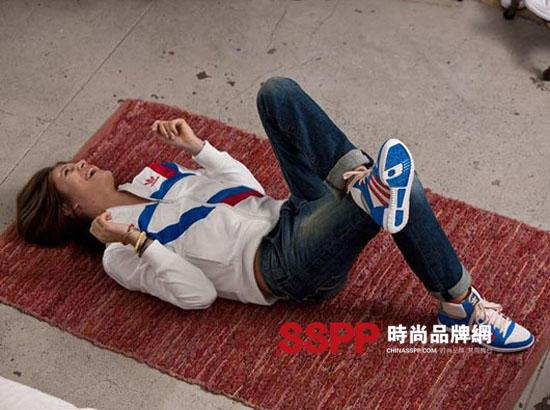 """阿迪达斯全倾全力_阿迪达斯三叶草""""adidas is all in全倾全力""""系列2011秋冬广告-奢侈 ..."""