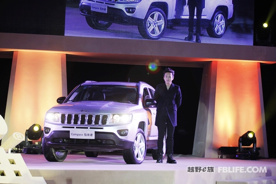 jeep相继引入2011款jeep指南者和自由客.加上此次首发的高清图片