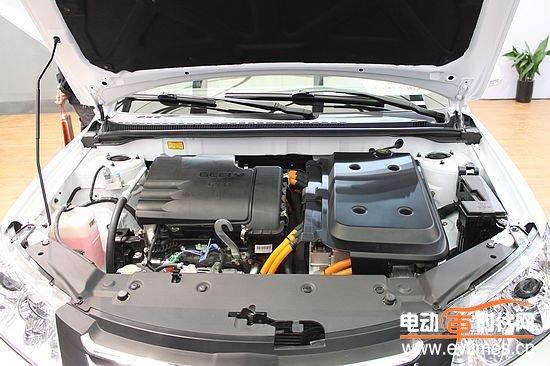 吉利熊猫 帝豪EC7电动车明年初联袂上市高清图片