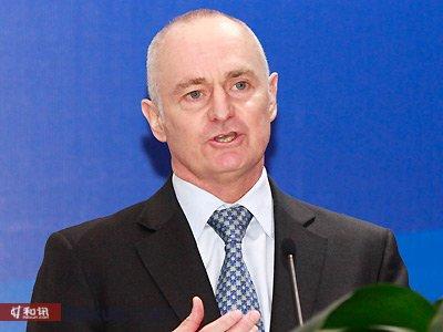 施罗德集团亚太区首席执行官,新加坡投资管理协会主席 Lester Gray
