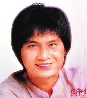 甄妮/甄妮亡夫傅声曾在1977年电影版《射雕英雄传》中饰演郭靖