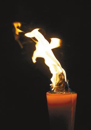 十二生肖之马; 个性化民间影像:烛火世界; 烛火世界(组图)-新闻频