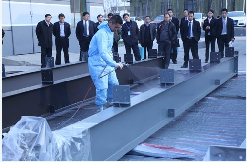 晨阳水性钢结构工业漆喷涂现场