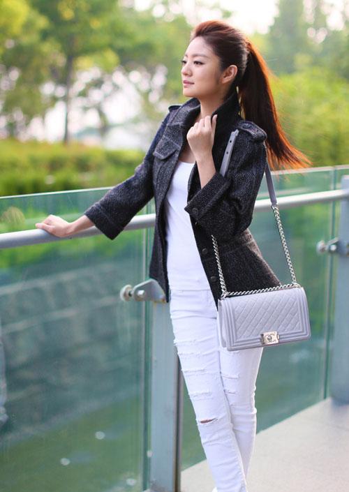 众明星演绎香奈儿「小黑外套」搭配风格