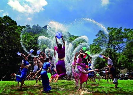 傣族园泼水节