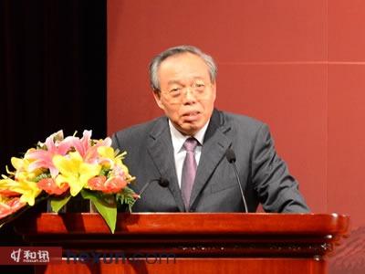 原中共中央政策研究室副主任郑新立