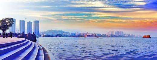 县委书记李应兰说,开县属于渝东北生态涵养发展区,农村垃圾收集统一处理,只有一个目的,保护生态