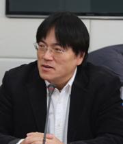 中国保险报总编辑于华