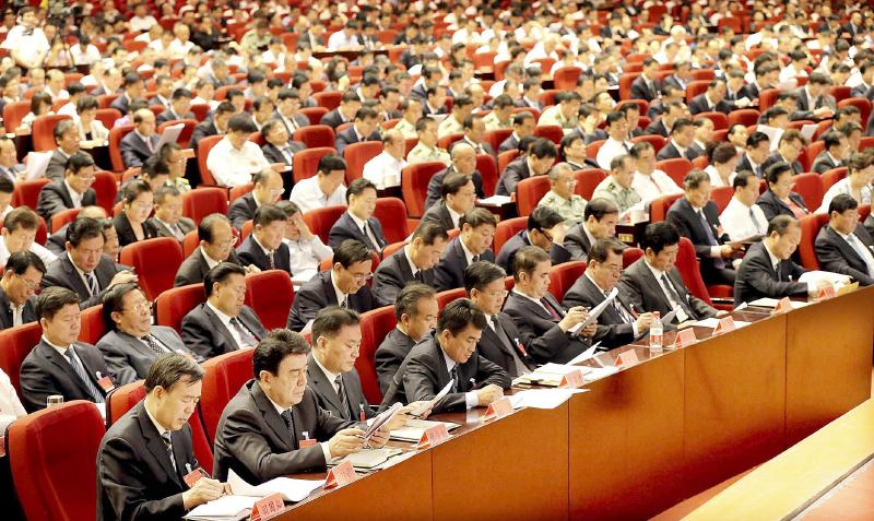 推进新疆社会稳定和长治久安