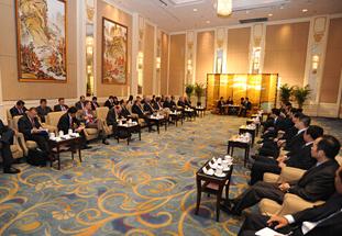 吉林省委书记巴音朝鲁会见亚太总裁协会高层